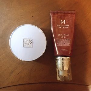 Missha Duo ( two foundations together )